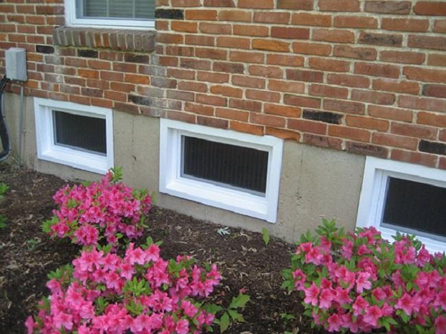 exterior window protection. window sensor exterior protection o
