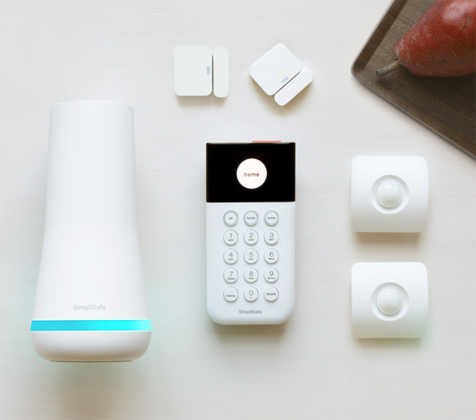 SimpliSafe Ss3 refurbished system 6 pieces Home Security System